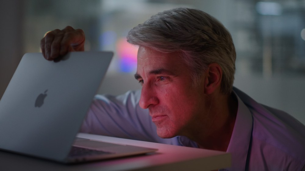 Craig Federighi Apple MacBook Air