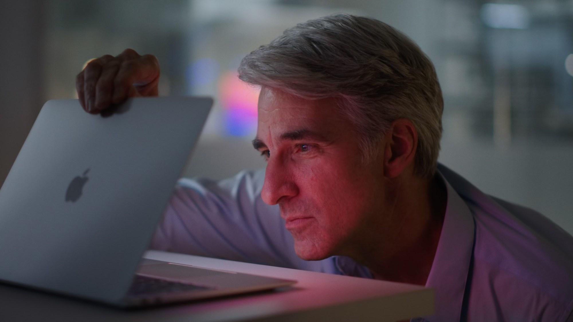 Craig Federighi Apple MacBook Air